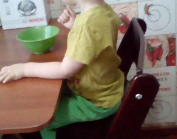 Регулируемый стульчик Конёк Горбунёк поддерживает осанку ребенка