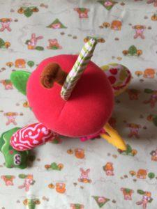 """Погремушка """"Вкусное яблочко"""" Chicco"""