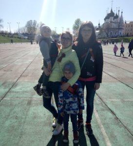 """Алёна Попова: """"С детства я любила рисовать и была большой фантазеркой"""""""