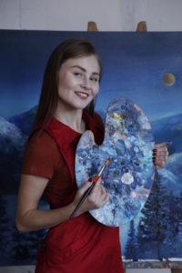 """Юлия Кошелева: """"Я просто рисовала сов. Сделав парочку рисунков, я захотела себе такую футболку"""""""