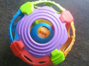 Погремушка -шар Playgro