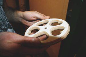 В Иваново инженер открыл мастерскую по изготовлению игрушек